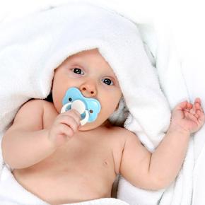 歯磨きイヤイヤ赤ちゃん