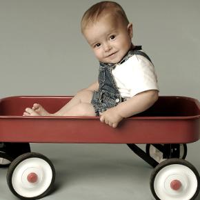 個人差があるとはわかっていても、赤ちゃんの発育はいろいろと気がかりですよね。