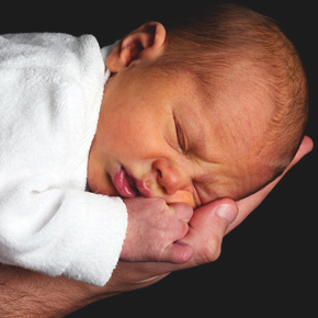 赤ちゃんの首すわりの正しい見極め方