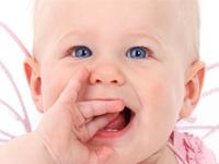 赤ちゃんの口内炎!食事に原因?対処法と予防法まとめ