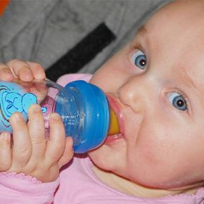 完全母乳?混合?母乳育児についてのお悩みまとめ!