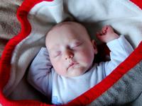 赤ちゃんのうつぶせ寝での注意点
