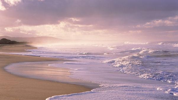 ocean_foam_beach_sand_92612_602x339
