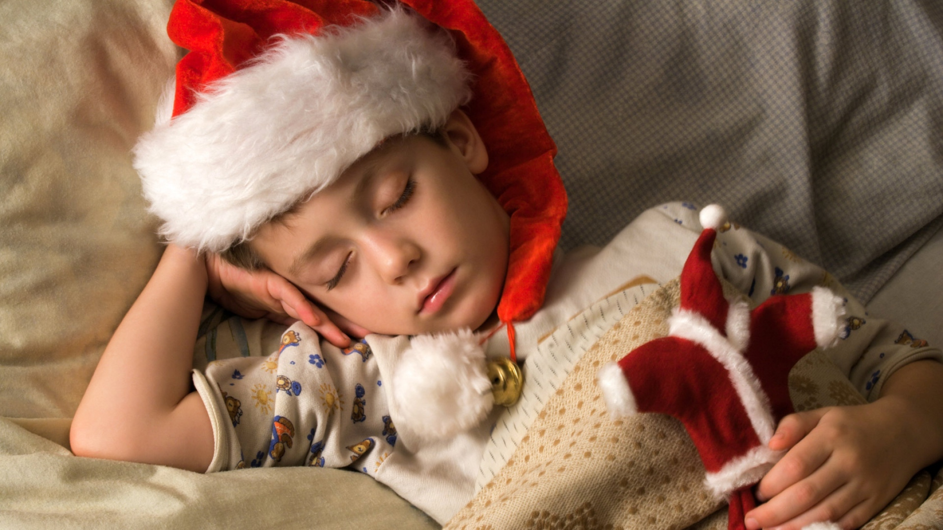 baby_christmas_sleeping_hat_waiting_miracle_82936_1920x1080