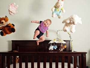 baby_bed_toys_jump_laugh_smile_54660_1024x768