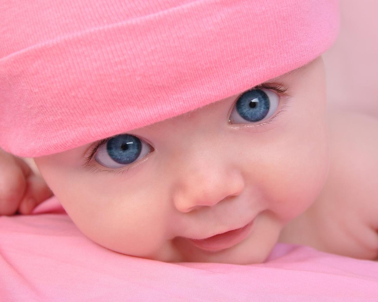 baby_blue_eyes_face_cute_hat_54651_1280x1024