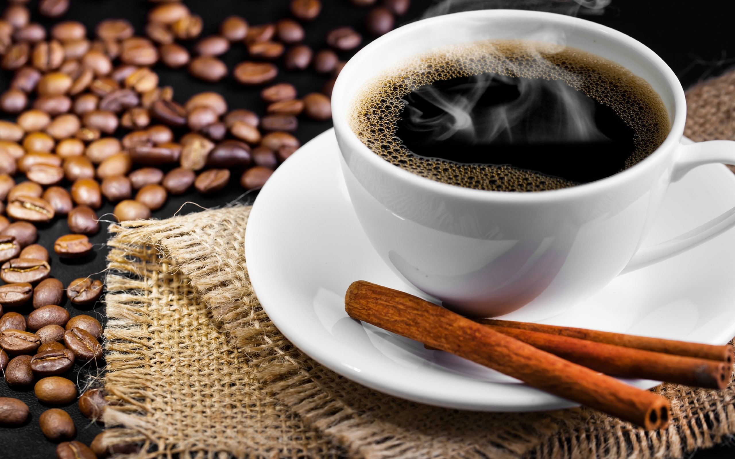 coffee_coffee_beans_cinnamon_couples_70866_2560x1600