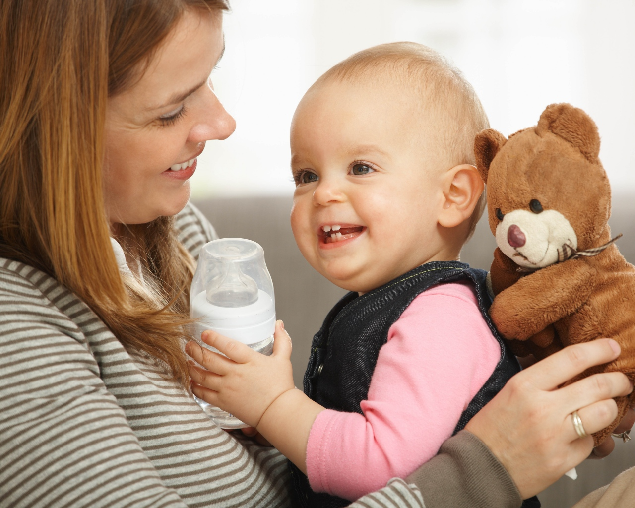 調乳をはじめる!ママさんと赤ちゃんの為の正しい調乳の仕方