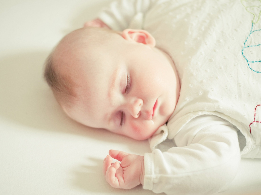 赤ちゃんの昼夜逆転対策できてますか?快適な睡眠を
