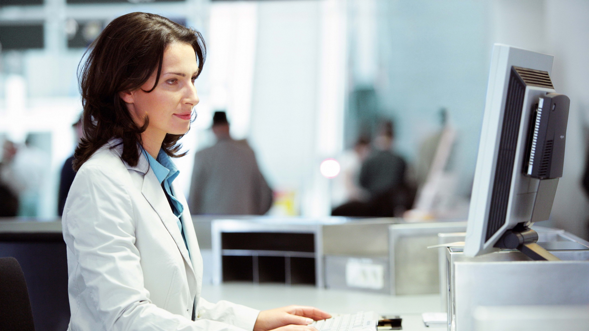 woman_blonde_computer_work_keyboard_monitor_77414_1920x1080