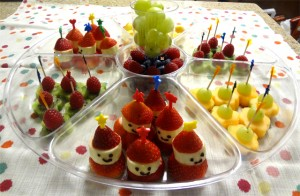 decorate-your-fruit-platter-3