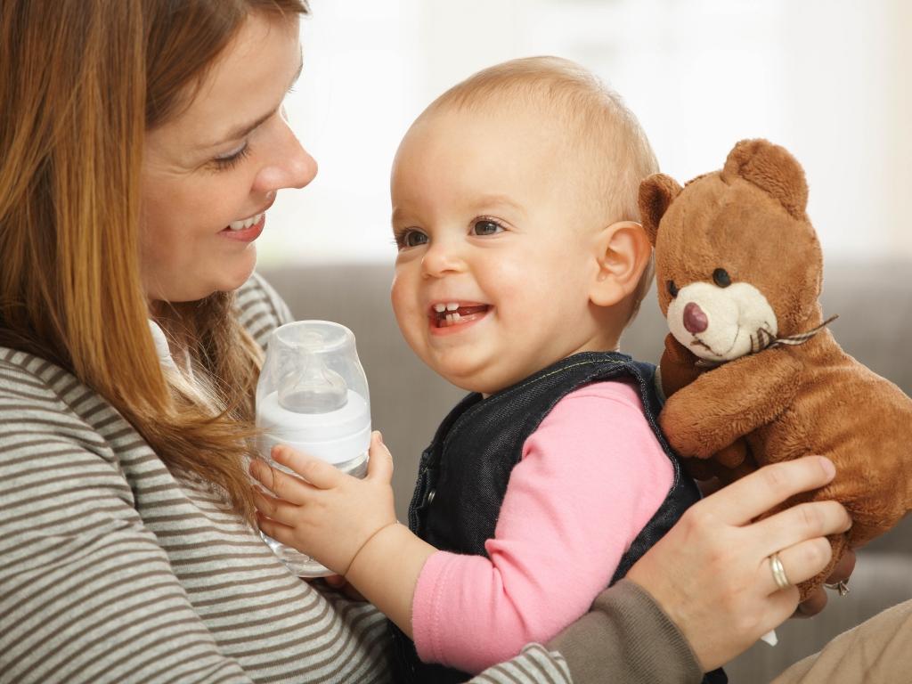 赤ちゃんがおっぱいを嫌がる!乳頭混乱の対処について