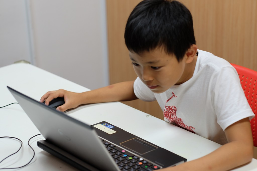 パソコンの使い方を勉強中