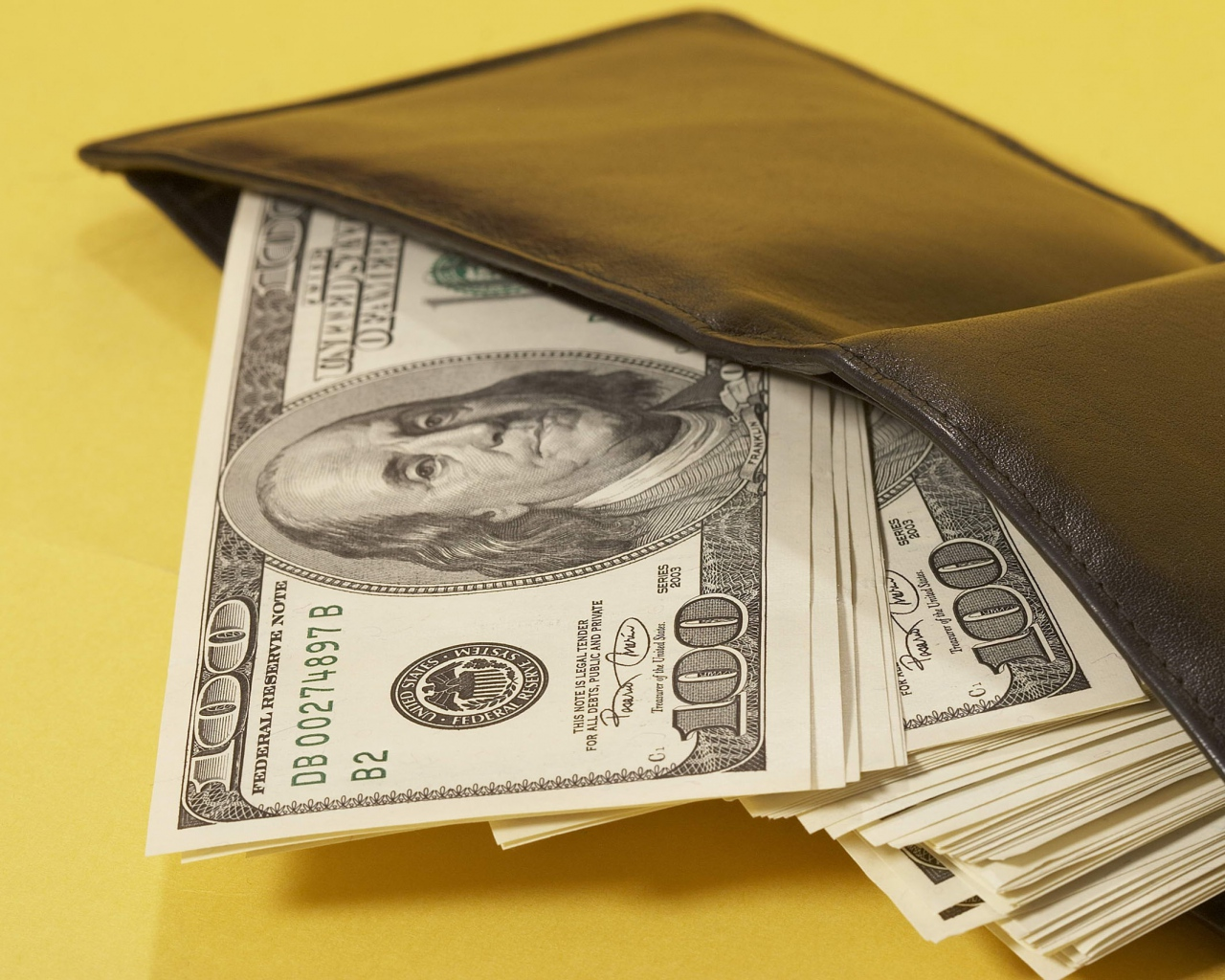 purses_money_dollars_bills_11150_1280x1024