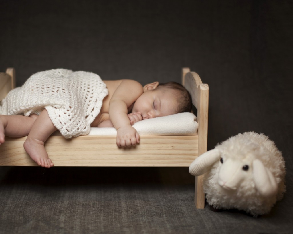 baby_sleep_bed_lie_down_85616_1280x1024