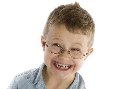 将来の綺麗な歯並び健康の為に 子供の矯正いつから?