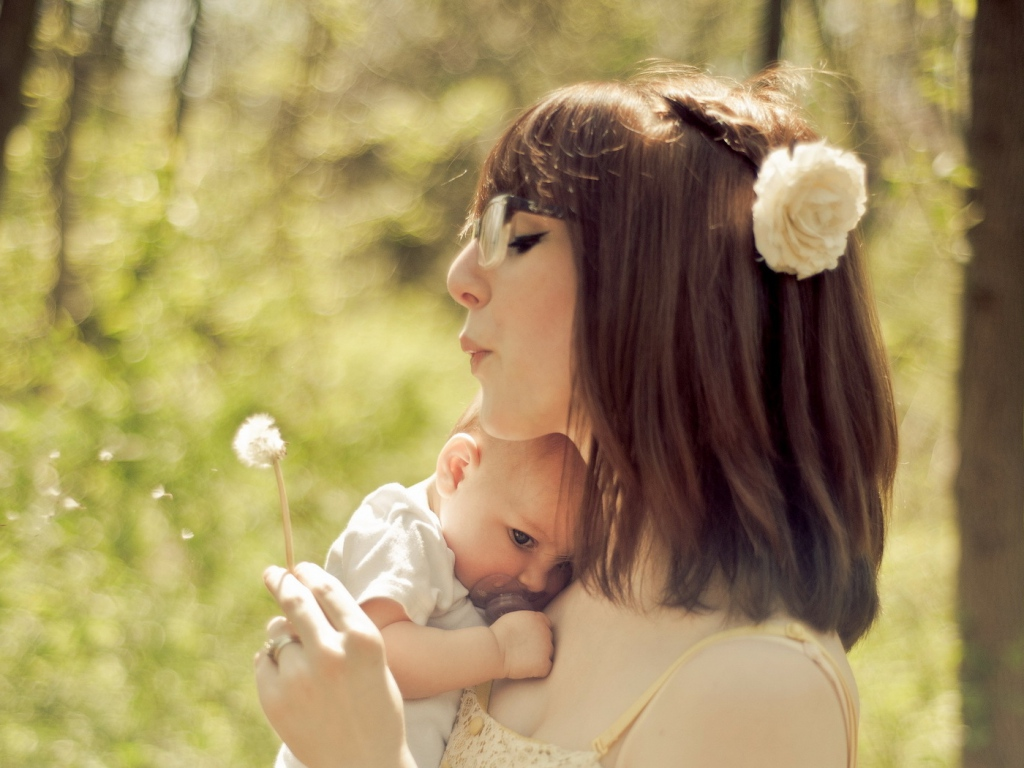 mother_child_dandelion_mood_55176_1024x768