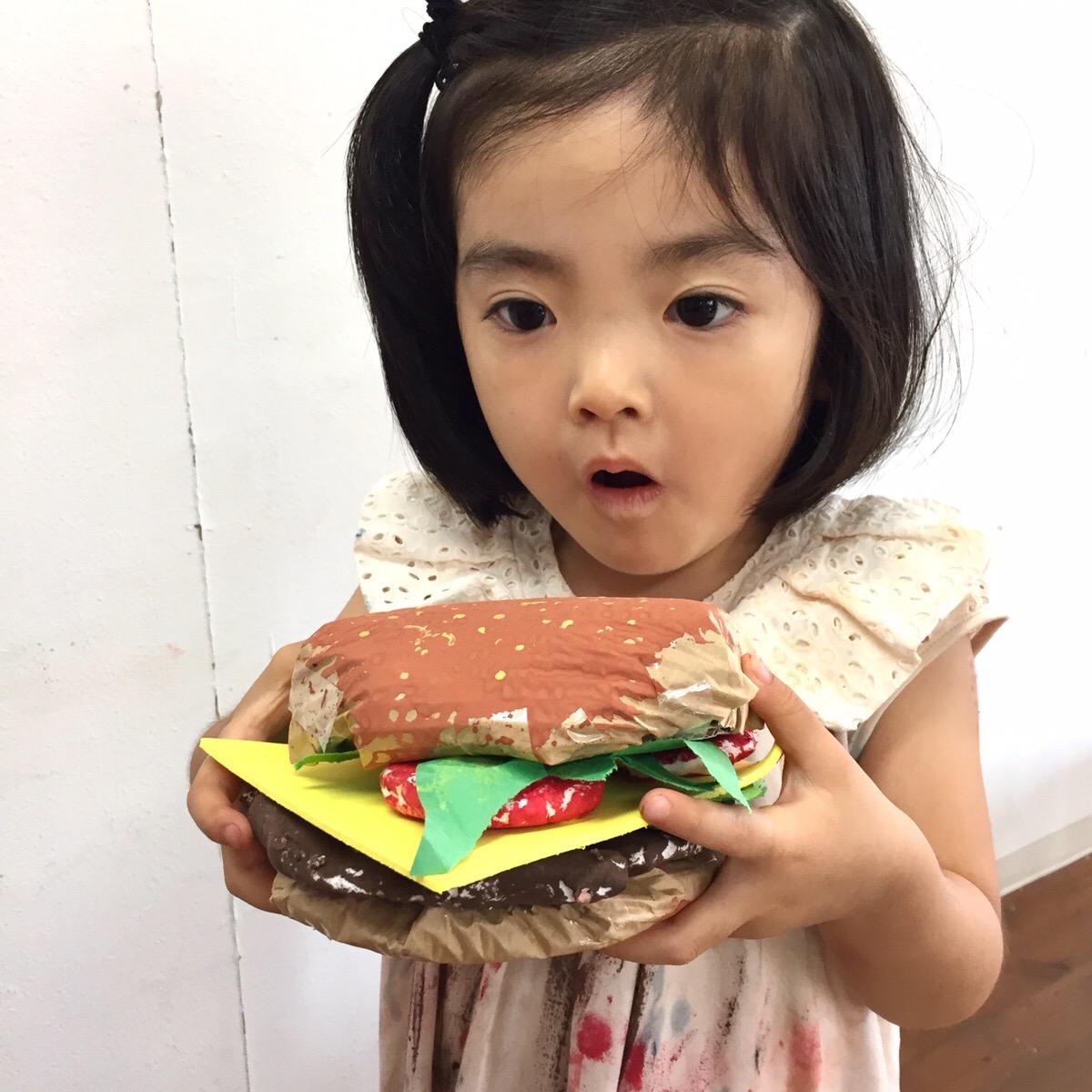 「ハンバーガーをつくる!」ねんどアート