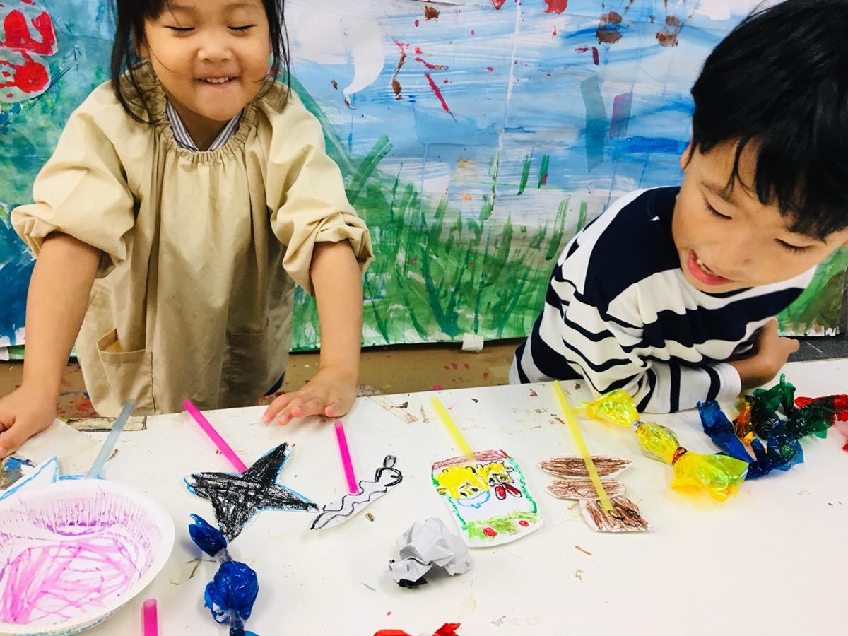 ロリポップ・キャンディーをつくってみました!子供の英会話とアート