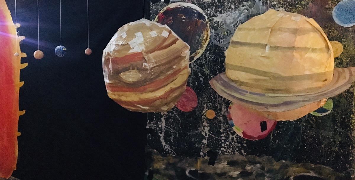 太陽系の惑星と地球・月の満ち欠けについて実験や制作をしました!