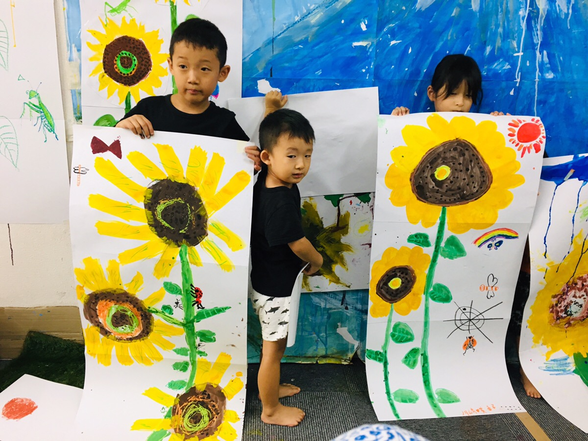 【特大ヒマワリ】を描きました!子ども児童のデッサン絵画