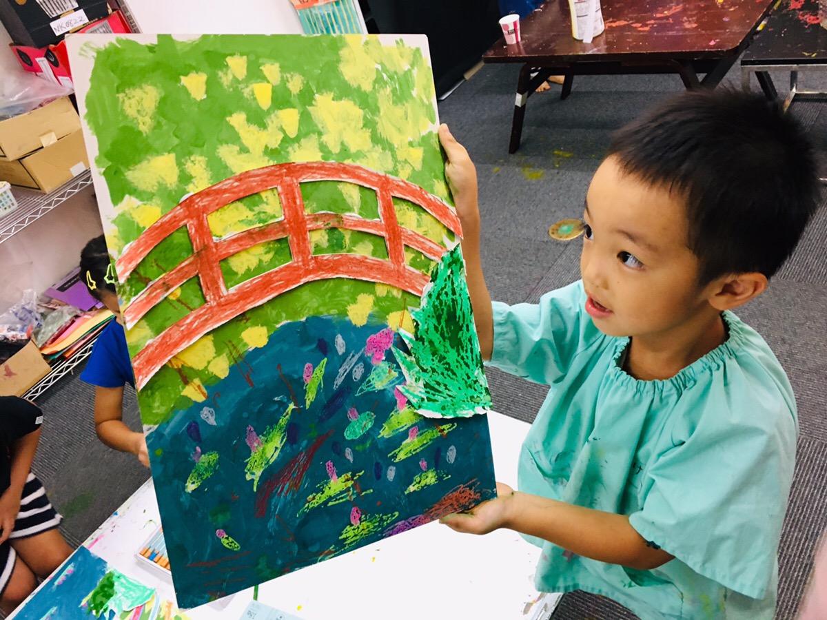 子供たちが【モネの睡蓮】に挑戦!絵の具やクレパスを使った絵画